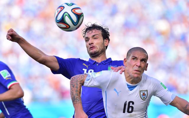 Liverpool Target £7.5m Uruguay Stopper Maxi Pereira