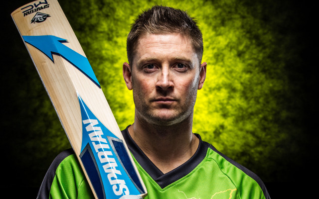 Michael Clarke quits Sydney Thunder for 2014-15 Big Bash League season
