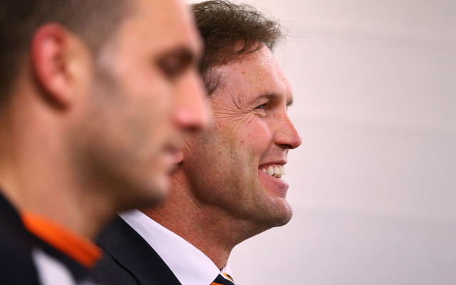 "Robbie Farah told former NRL legend that Wests Tigers' Mick Potter ""can't coach"""