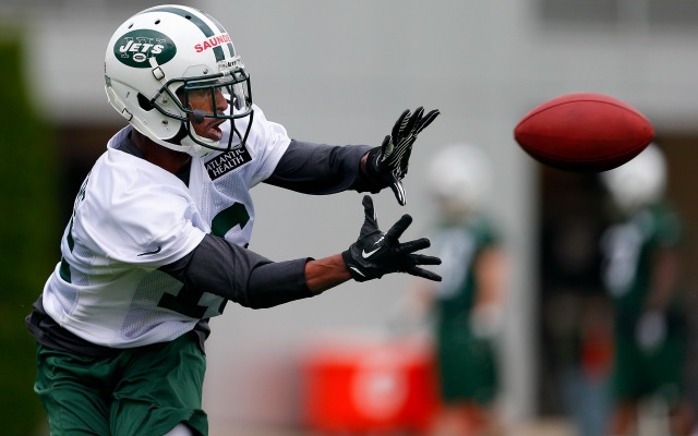 New York Jets say rookie WR Saunders had seizure in car accident