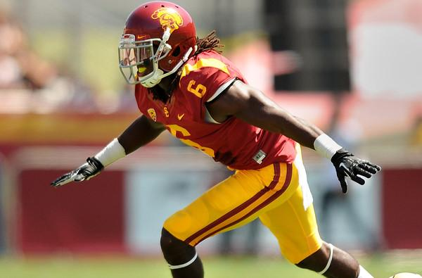 "USC CB Josh Shaw subject of police report following ""rescue injury"""