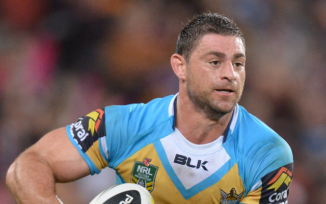 Mark Minichiello signs with Super League club Hull FC for two years