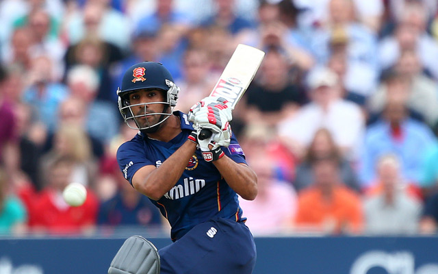 (Video) England lose final wicket: should Ravi Bopara be higher in the batting order after running out of time?