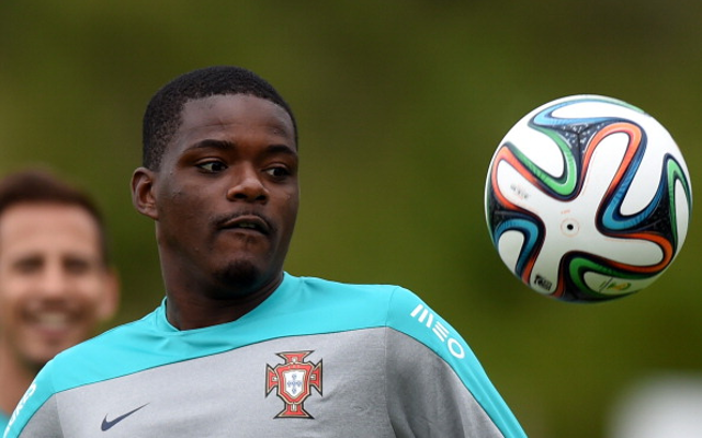 Chelsea bid £30m for Carvalho with Arsenal set to sign Real Madrid star