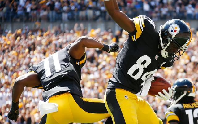 (Video) Steelers wide receiver Antonio Brown kicks punter in face