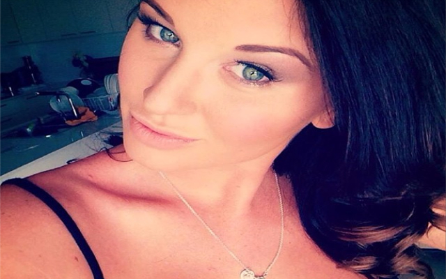 (Images) Model girlfriend of North Queensland Cowboys player Tariq Sims attacks NRL