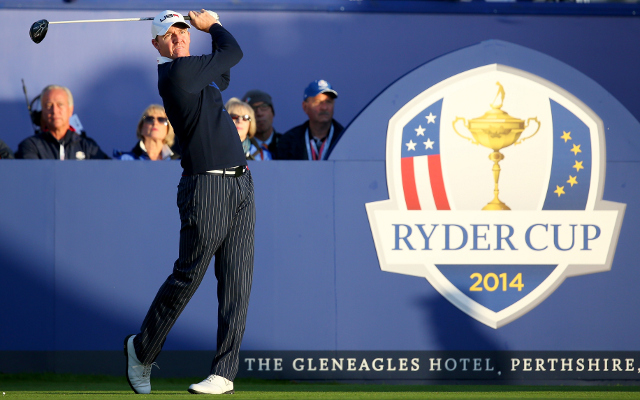 (Vine) Ryder Cup 2014 – Jimmy Walker drags America back into it with outstanding bunker shot