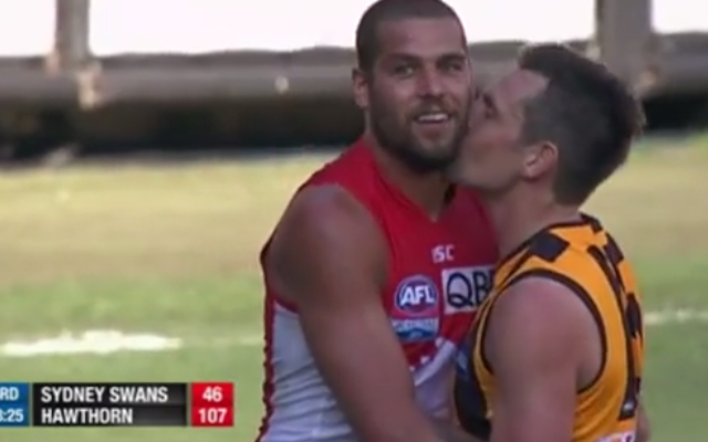 (Video) AFL Grand Final rewind: Luke Hodge shows old buddy Lance Franklin some love