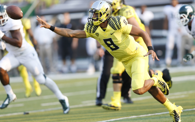 #3 Oregon defeats #7 Michigan State, 46-27