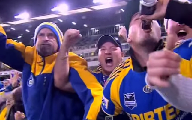 (Video) BONKERS: Parramatta Eels fan goes crazy during loss to Canberra Raiders