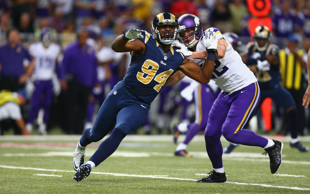 St. Louis Rams sign Pro Bowl defensive end to extension