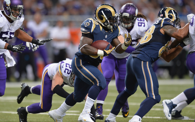 (Video) St. Louis Rams RB Zac Stacy scores goal-line touchdown
