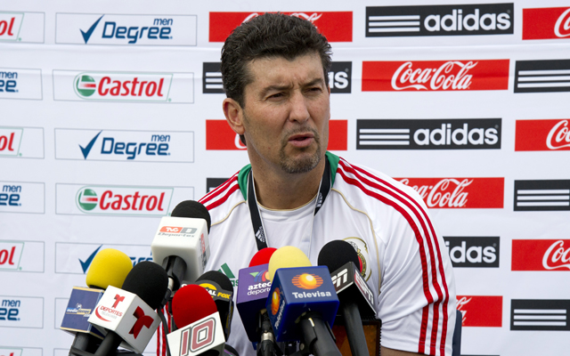 Chivas appoint former Mexico manager 'Chepo' de la Torre