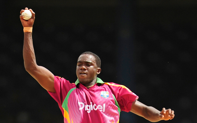 (Video) India v West Indies – Jerome Taylor secures 100th ODI wicket but Shikhar Dhawan should have done better
