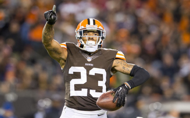 INJURY: Cleveland Browns CB Joe Haden day-to-day with hurt shoulder