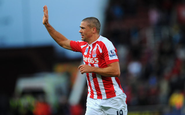 Jonathan Walters bags wondergoal against Chelsea to take advantage of poor defending (video)