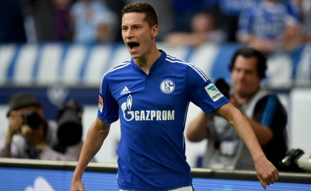 Arsenal fight Chelsea to sign £30m Bundesliga starlet
