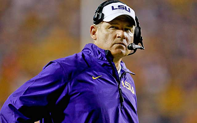 UPSET ALERT: #24 LSU defeats #3 Ole Miss, 10-7