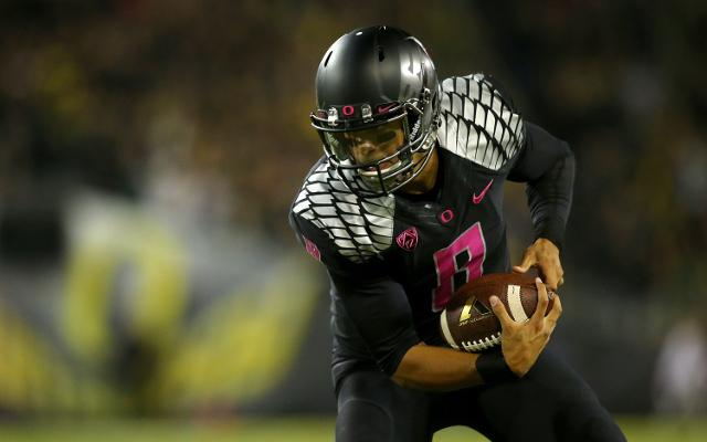 CFB Week 8: #9 Oregon defeats Washington, 45-20