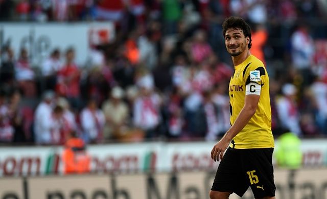 Manchester United unsure over Mats Hummels due to lack of pace