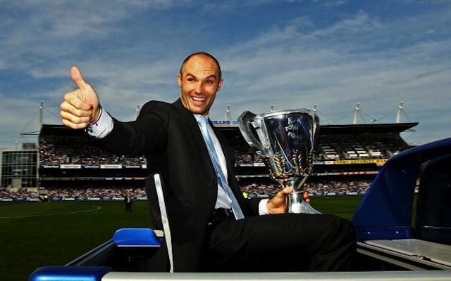 Geelong two-time premiership winner joins Sydney Swans