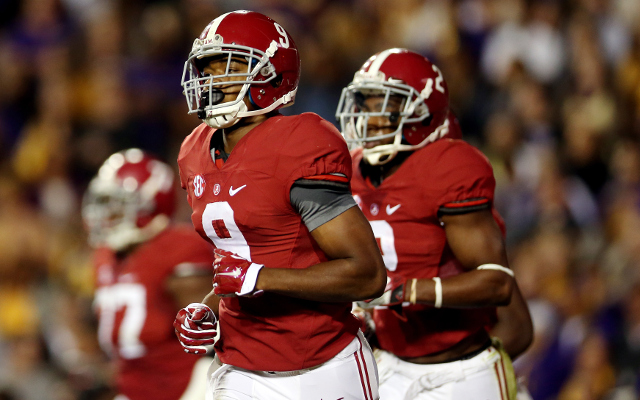 (Video) HEISMAN ALERT: Alabama WR Amari Cooper catches 50-yard pass in double coverage