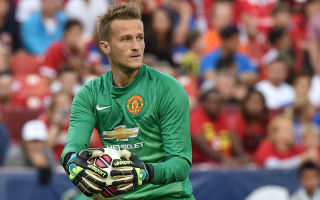 Manchester United lining up swap deal for new goalkeeper