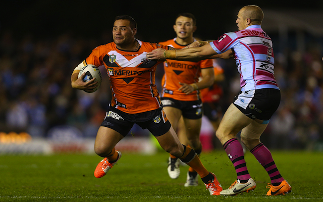 New Zealand Warriors snap up Wests Tigers back-rower on long-term deal