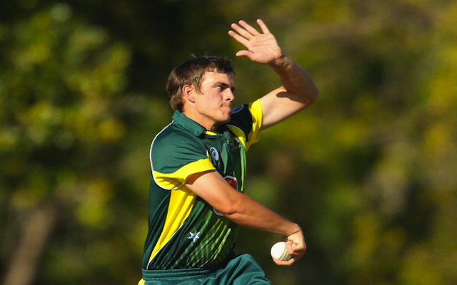 (Video) Worst run out attempt ever? Cameron Boyce makes terrible error for Australia in T20 against South Africa