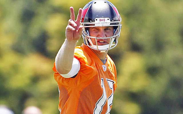 BENCHED: Tampa Bay to start QB Josh McCown, will bench Mike Glennon