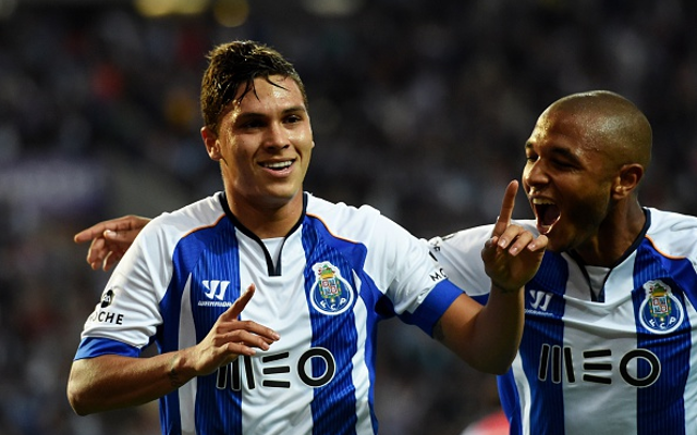 Arsenal eye bargain bid for South American playmaker