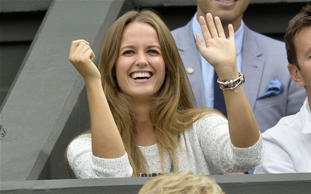 Kim Sears swearing: Twitter reacts to hilarious video of Andy Murray WAG