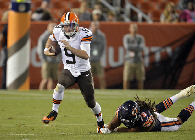 SIGNED: Cleveland Browns bring in Tyler Thigpen to back up QB Connor Shaw