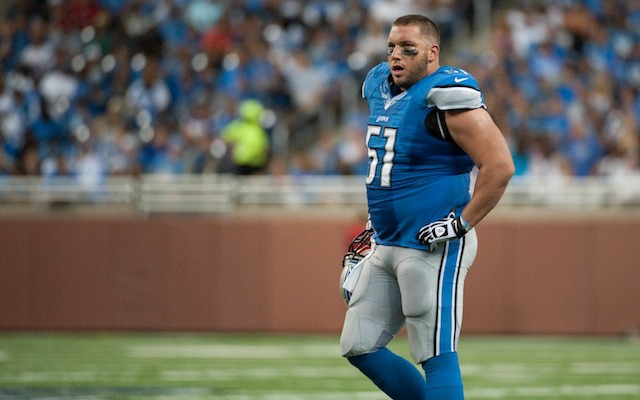 REPORT: Detroit Lions C Dominic Raiola suspended for stomping Chicago Bears player