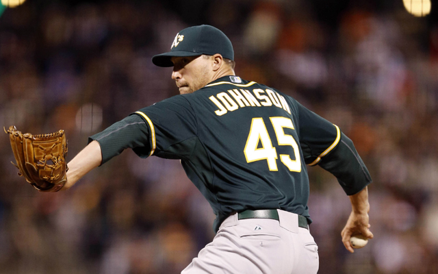 SIGNED: Atlanta Braves sign former A's reliever Jim Johnson to one-year deal
