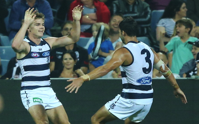 CONFIRMED: Axed Geelong Cats midfielder joins Essendon