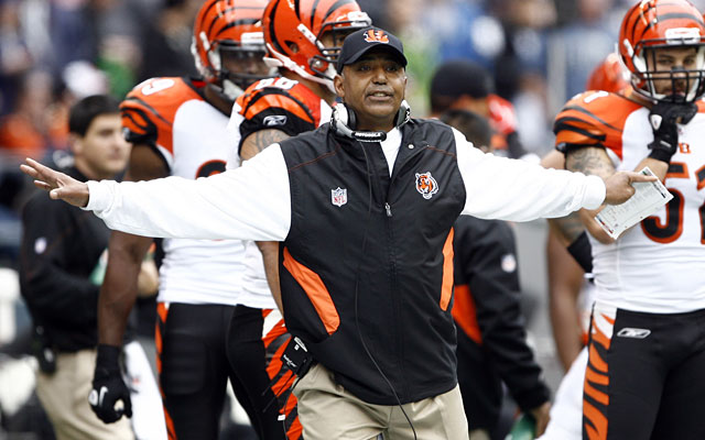 "Cincinnati Bengals head coach apologizes for calling Johnny Manziel ""a midget"""