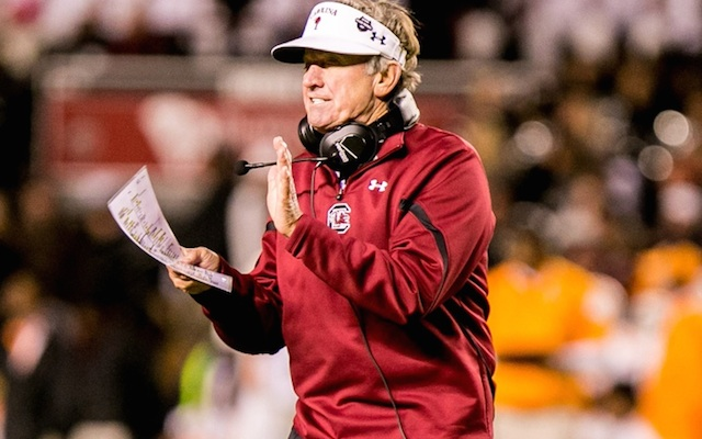REPORT: South Carolina head coach Steve Spurrier not retiring this year