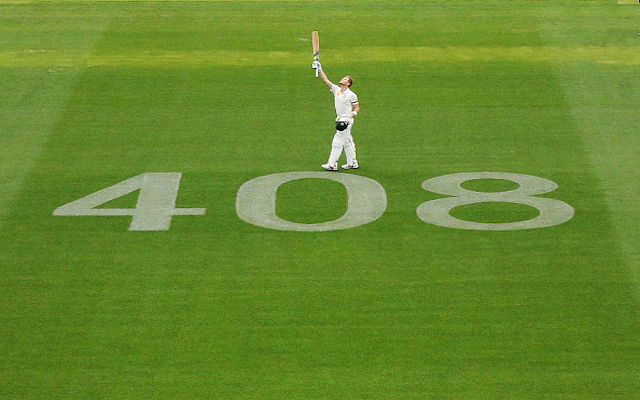(Video) Australia v India: Steven Smith notches up century, pays emotional on-field tribute to the late Phillip Hughes