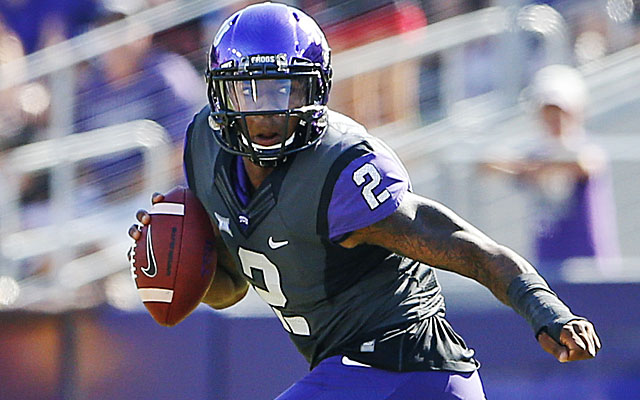 (Video) How did he catch that?! TCU WR pulls ball out of double-coverage for TD