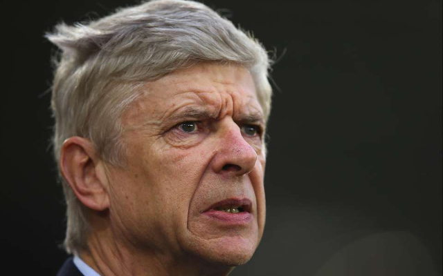 Arsenal boss Wenger hates watching himself berating fourth officials