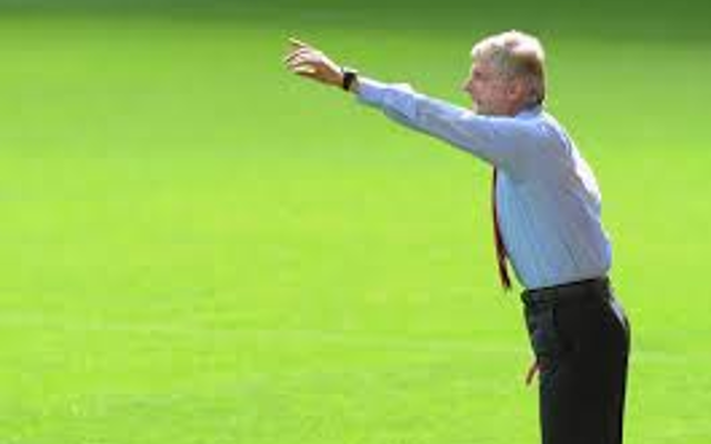 Arsenal manager Arsenal Wenger weighs in on 'selfie-gate'!