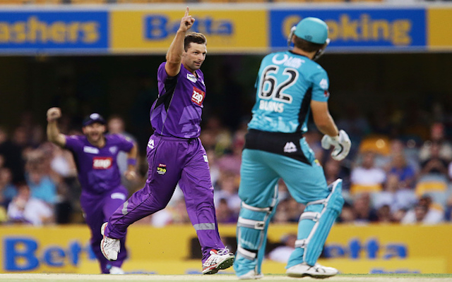 Melbourne Stars snare Hobart Hurricanes fast bowler for upcoming Big Bash League