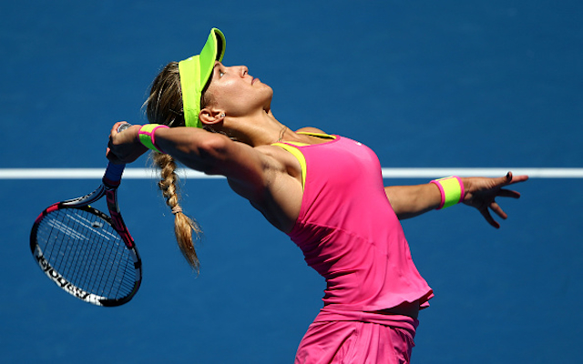 Australian Open 2015: Eugenie Bouchard brushes aside twirl-gate to ease past Caroline Garcia and reach fourth round