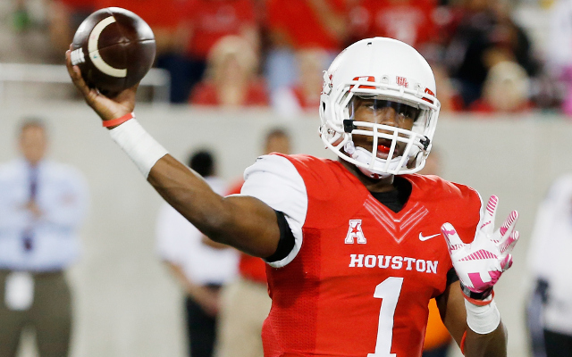 Armed Forces Bowl: Houston rallies from 25-point deficit to stun Pittsburgh, 35-34