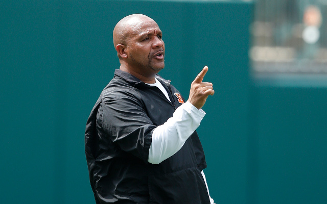 REPORT: Buffalo Bills to interview Cincinnati Bengals OC Hue Jackson