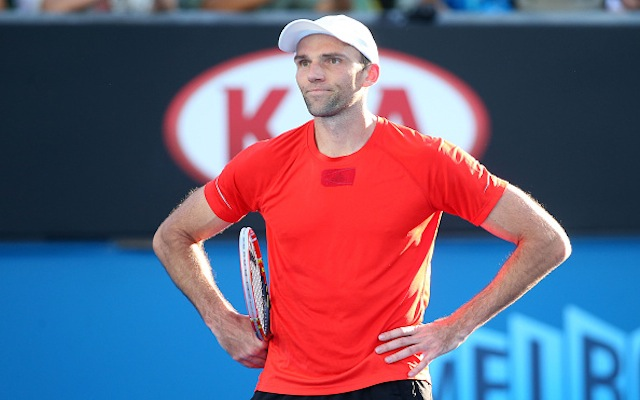 (Video) Australian Open 2015: Ivo Karlovic produces hilarious airswing, leaves opponent Nick Kyrgios in stitches
