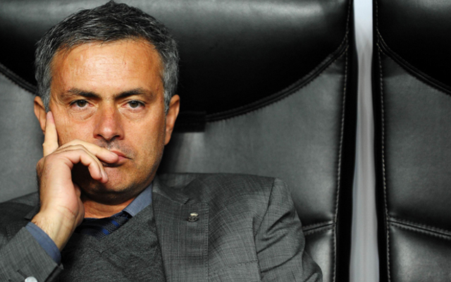 Chelsea boss Mourinho should replace Van Gaal at Man United, says pundit