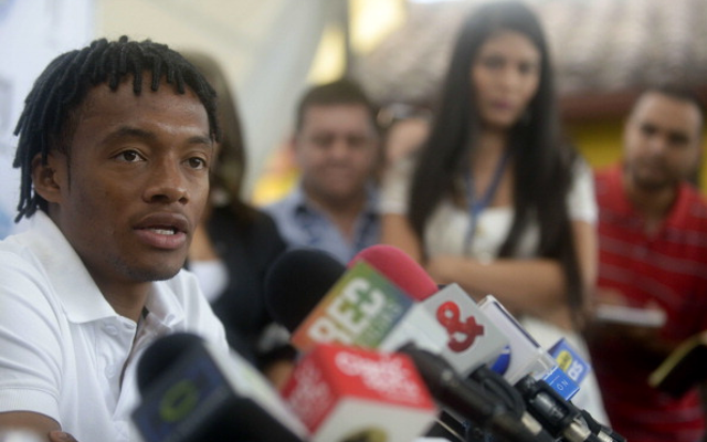 (Image) Good news Chelsea fans! Juan Cuadrado spotted at airport ahead of Blues medical!
