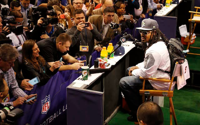 Super Bowl news: NFL could fine Marshawn Lynch for wearing hat